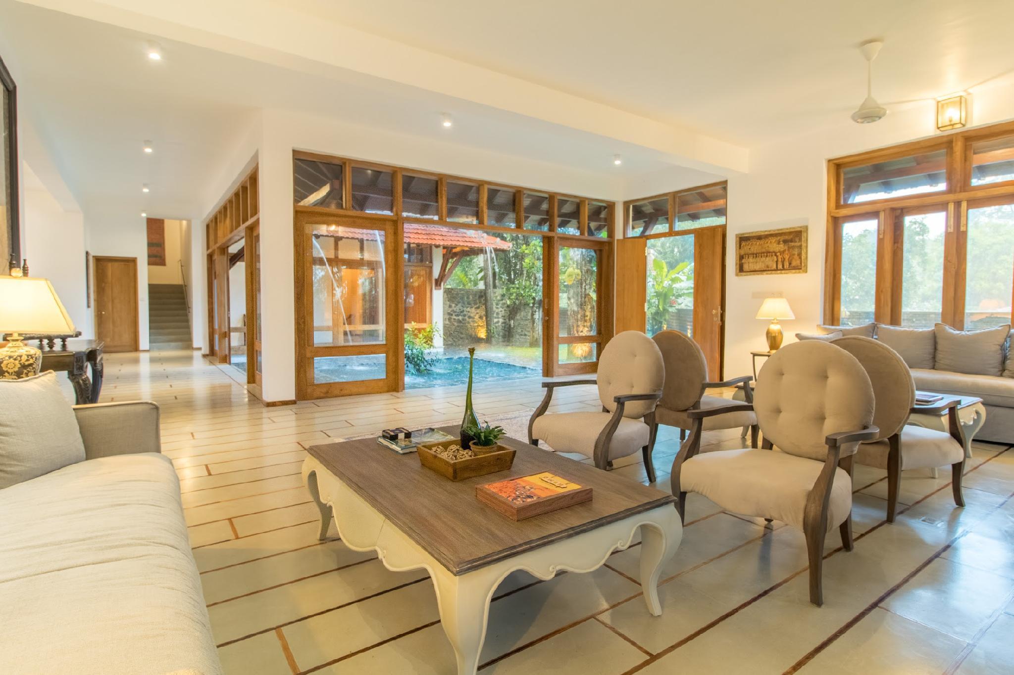 Niketh Villa Kandy, Harispattuwa
