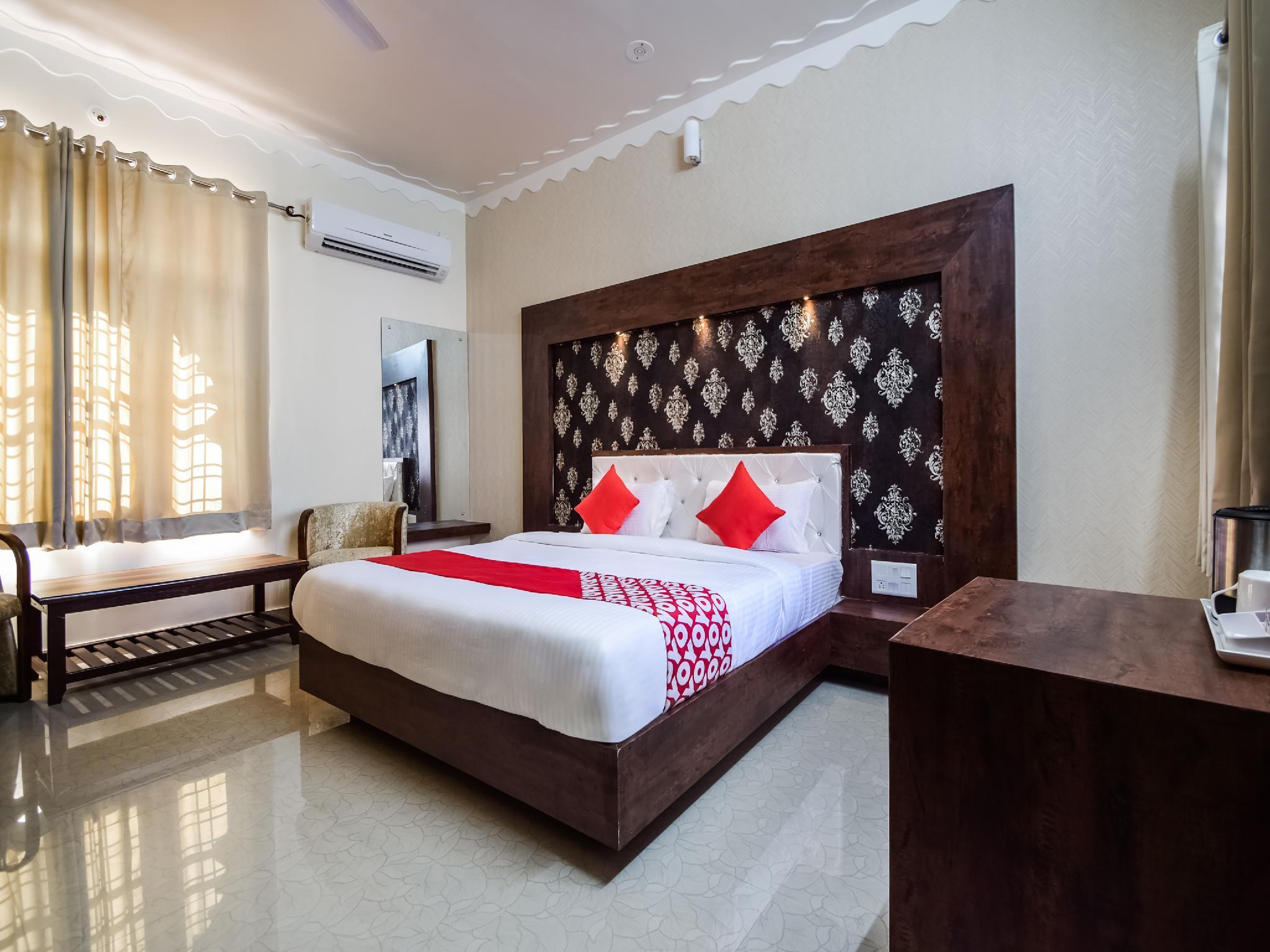 OYO 29428 Riviera Madaar Resort, Udaipur