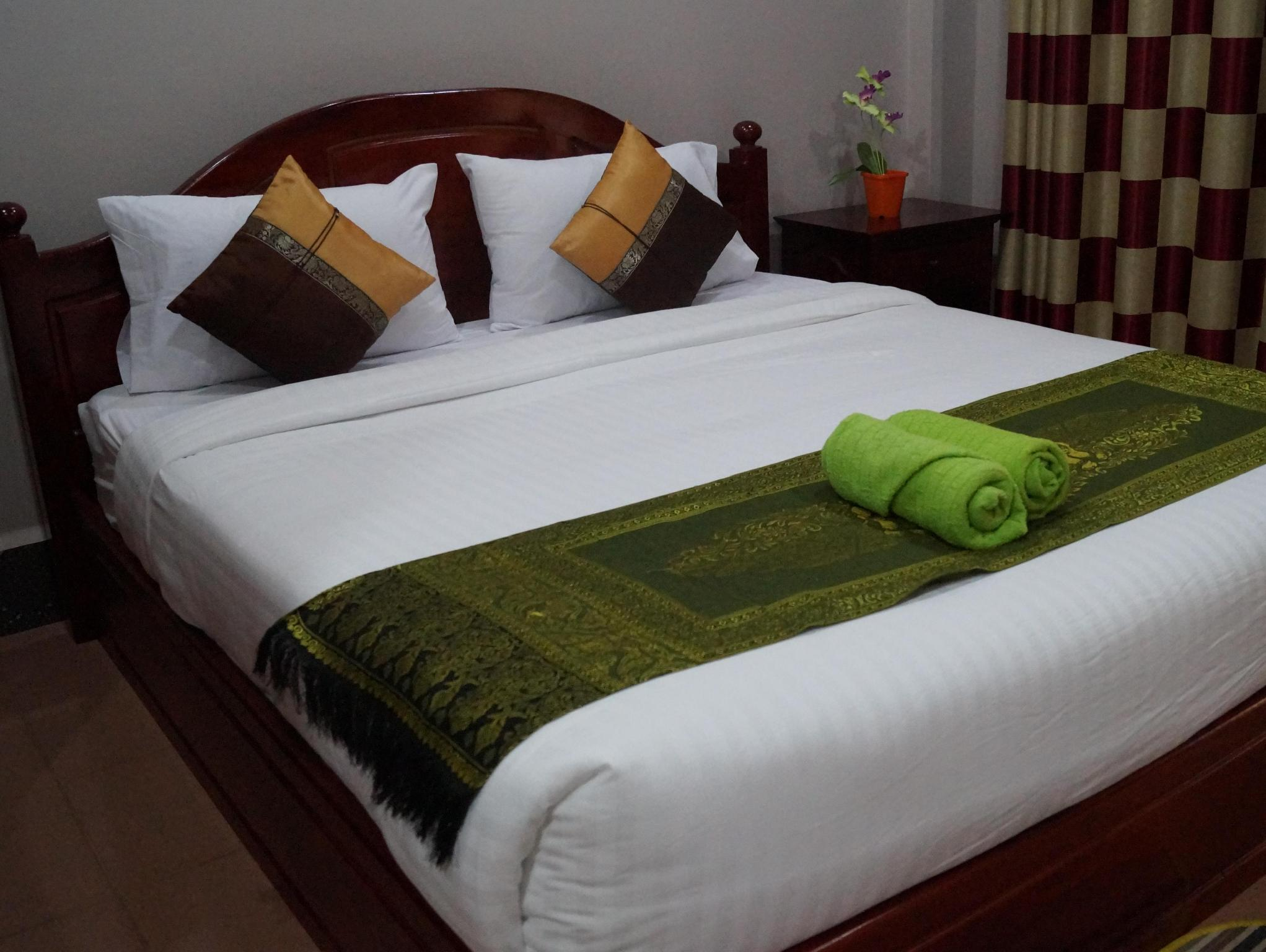 Phetphaylin Hotel, Pakxe