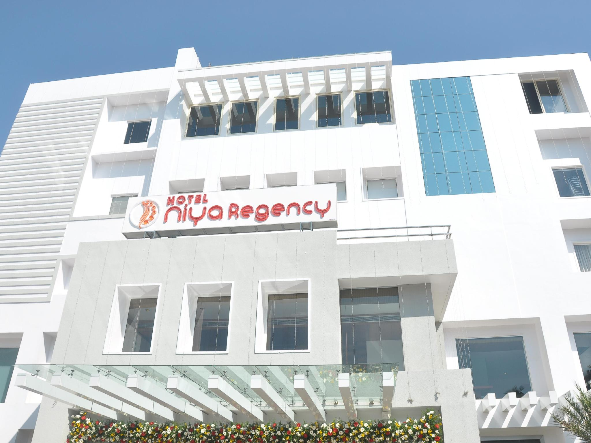 Hotel Niya Regency, Thrissur