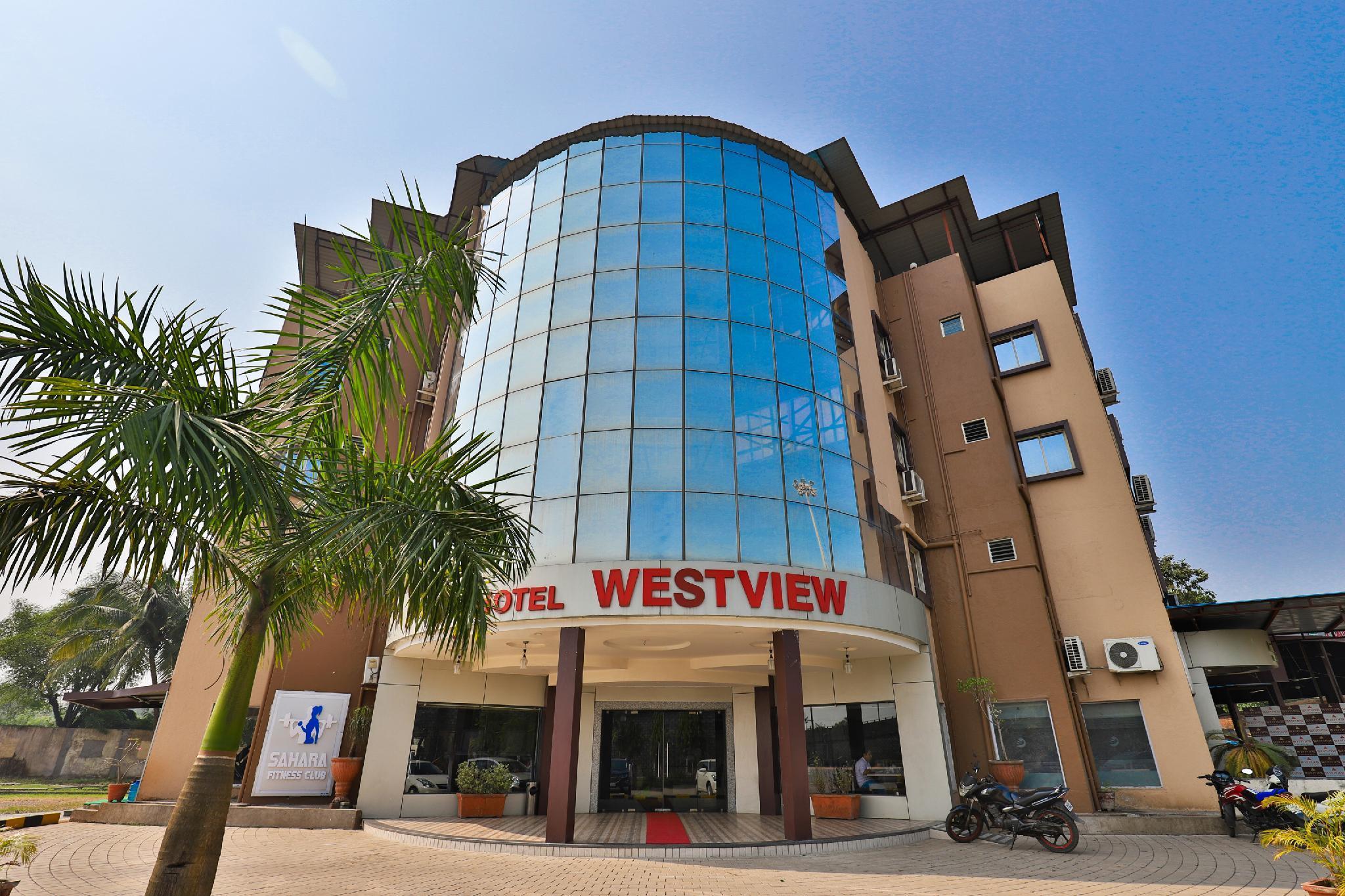 OYO 22649 Hotel Westview, Valsad