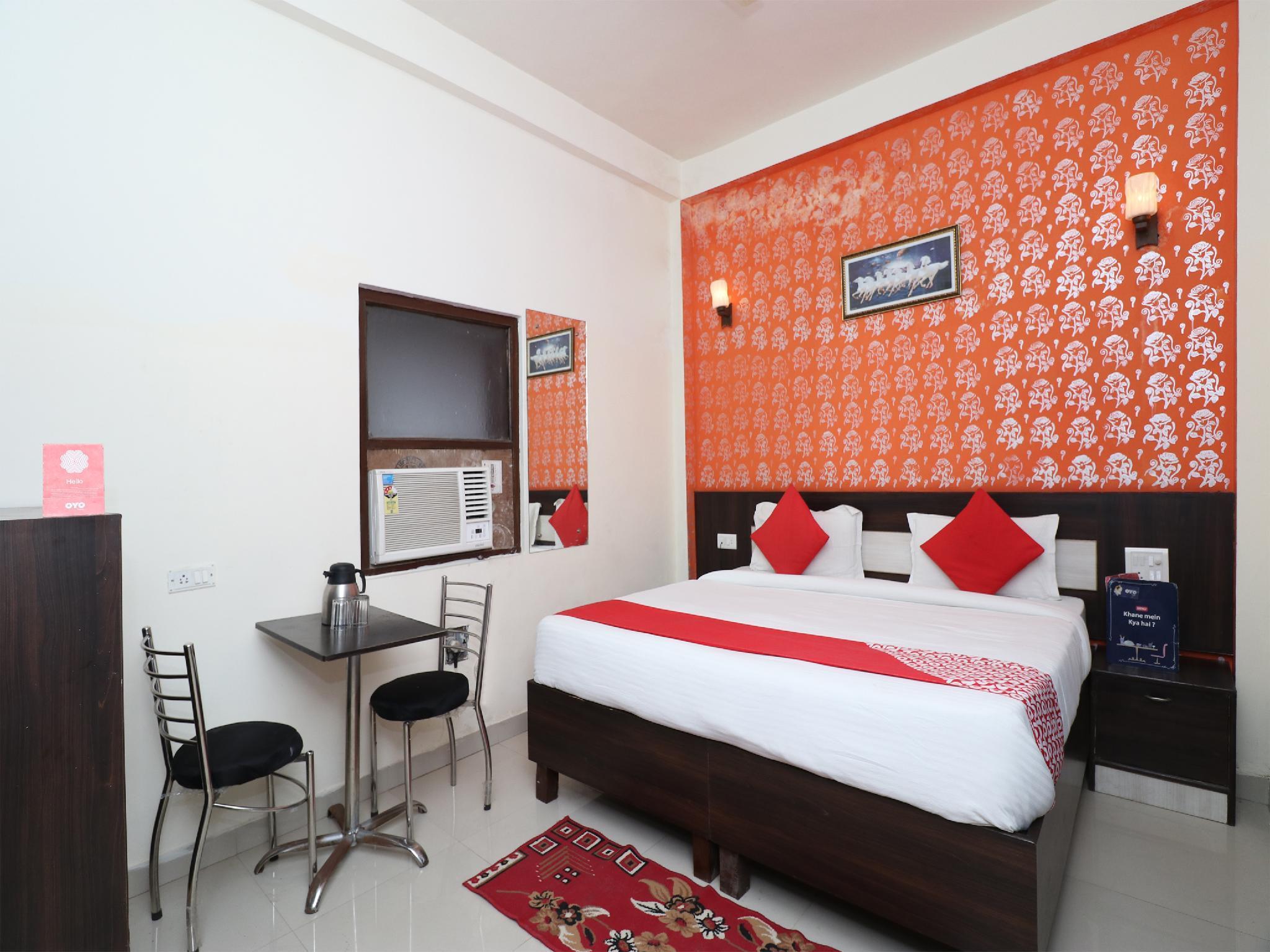 OYO 22656 Hotel Taj Paradise, Agra