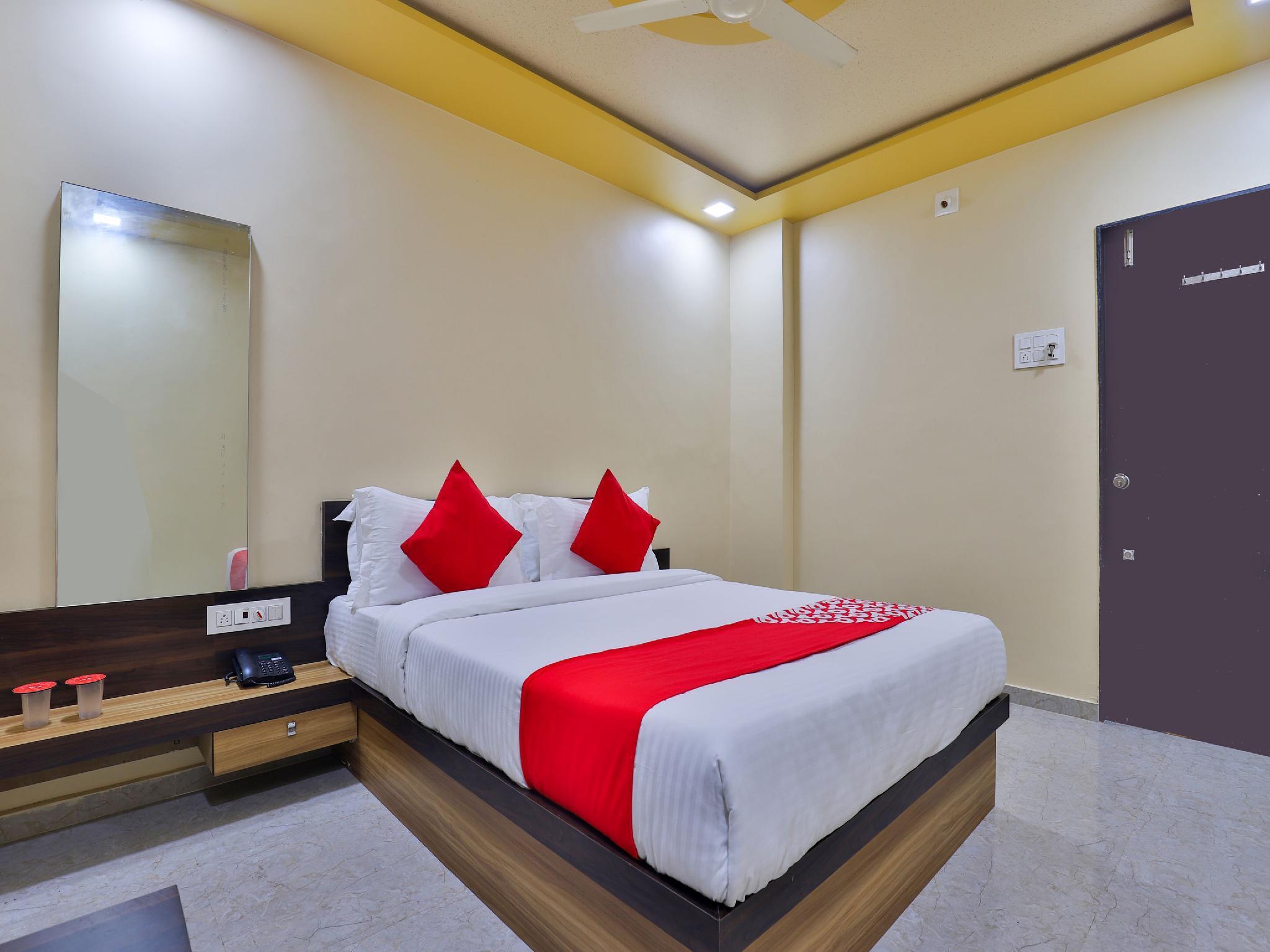 OYO 17339 Hotel Daksh Somnath, Gir Somnath
