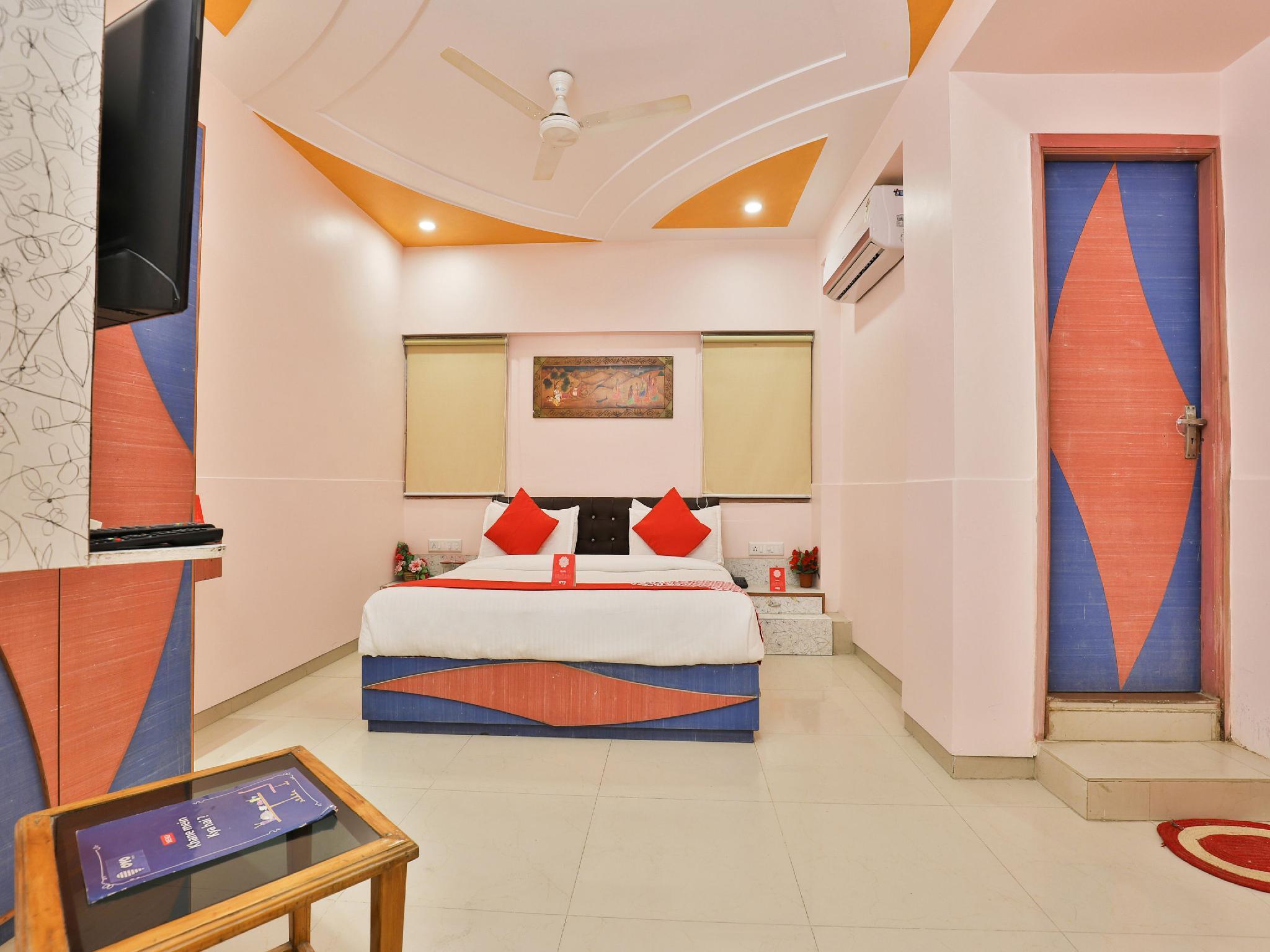 OYO 5835 Jaunt Safari, Gandhinagar