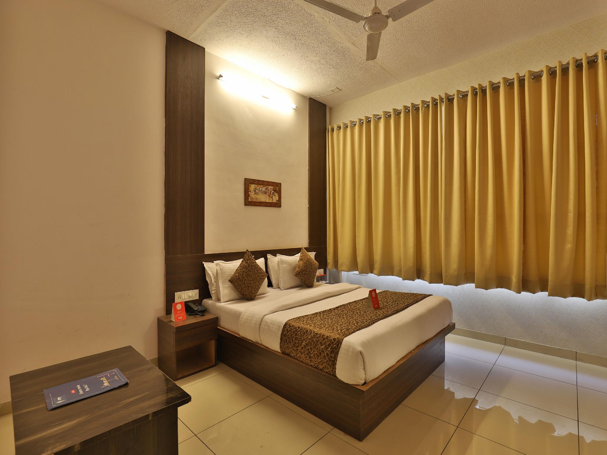 OYO 11649 Hotel Mahima, Gandhinagar