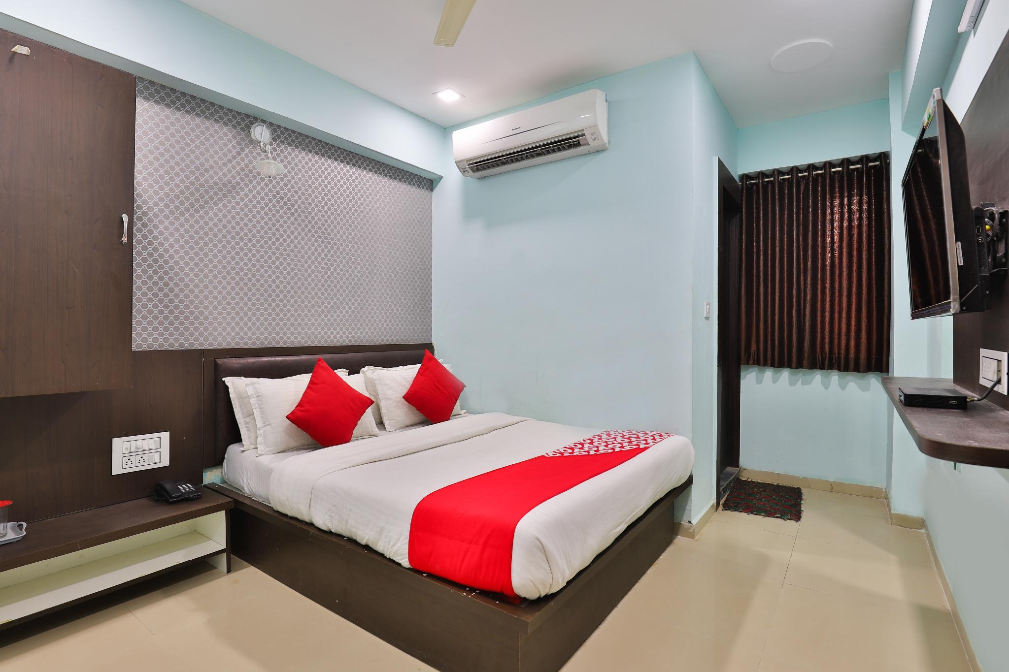 OYO 22501 Hotel Hill Look, Gandhinagar