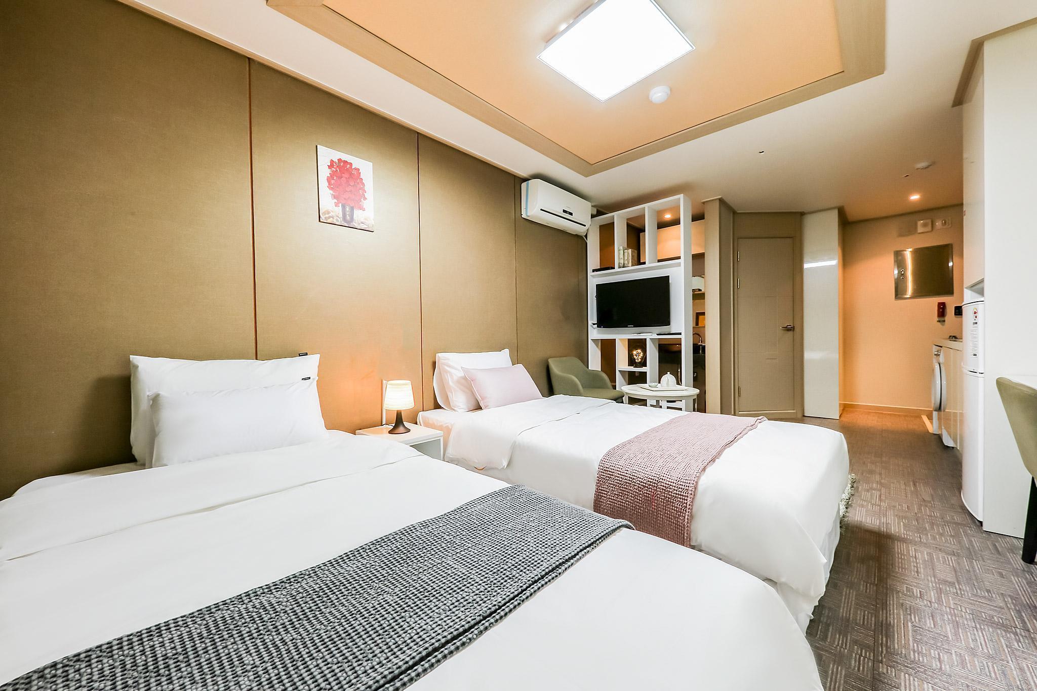 Residence Hotel Line, Daedeok