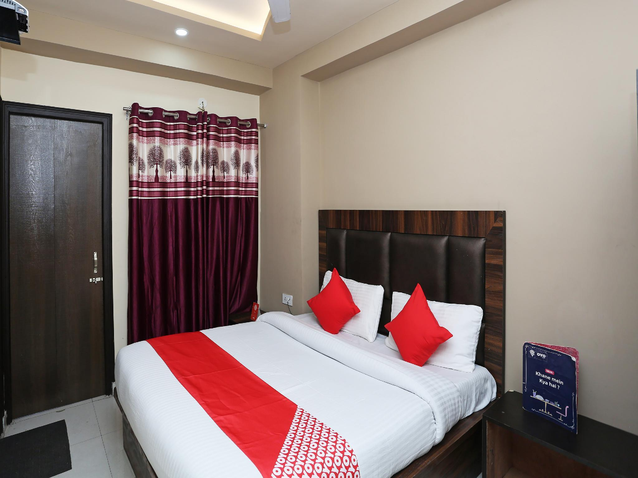 OYO 27700 The Better Inn, Jammu