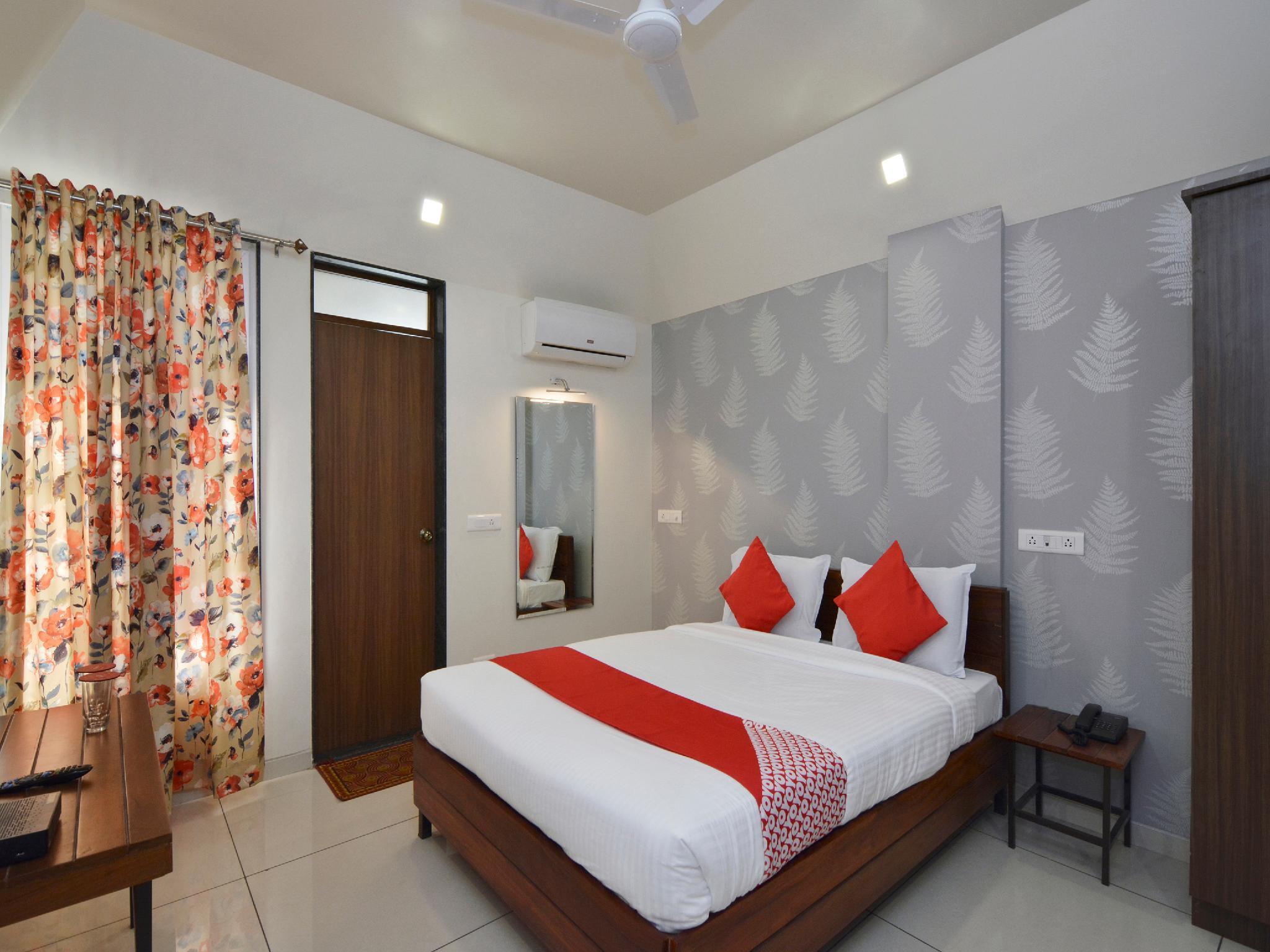 OYO 22827 Hotel Prafulla, Kolhapur