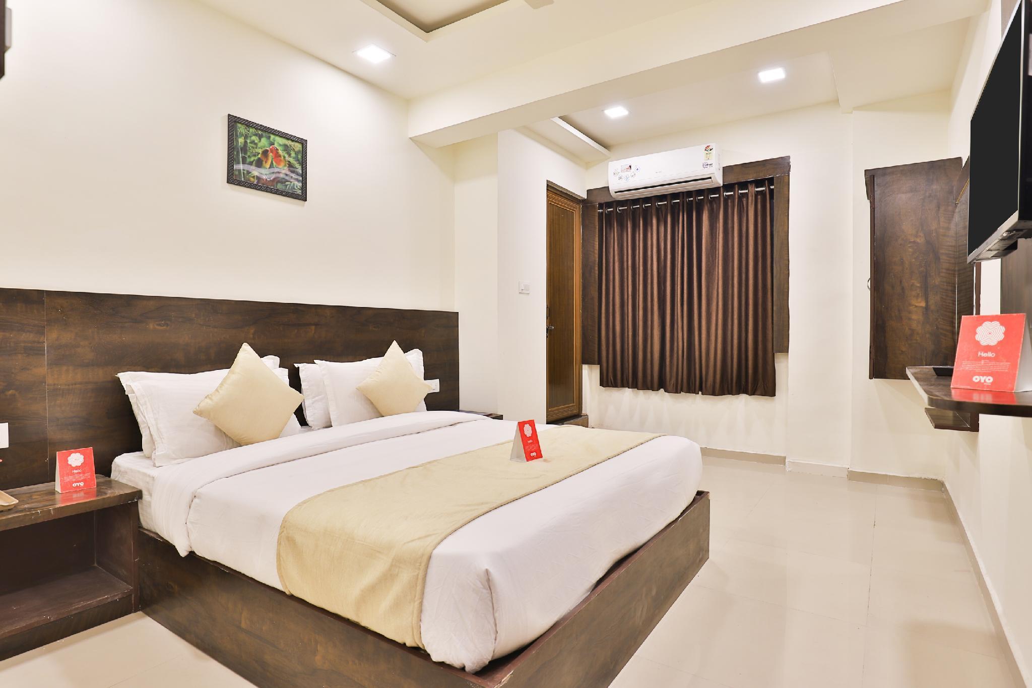 OYO 11072 Hotel Kajri Residency, Gandhinagar