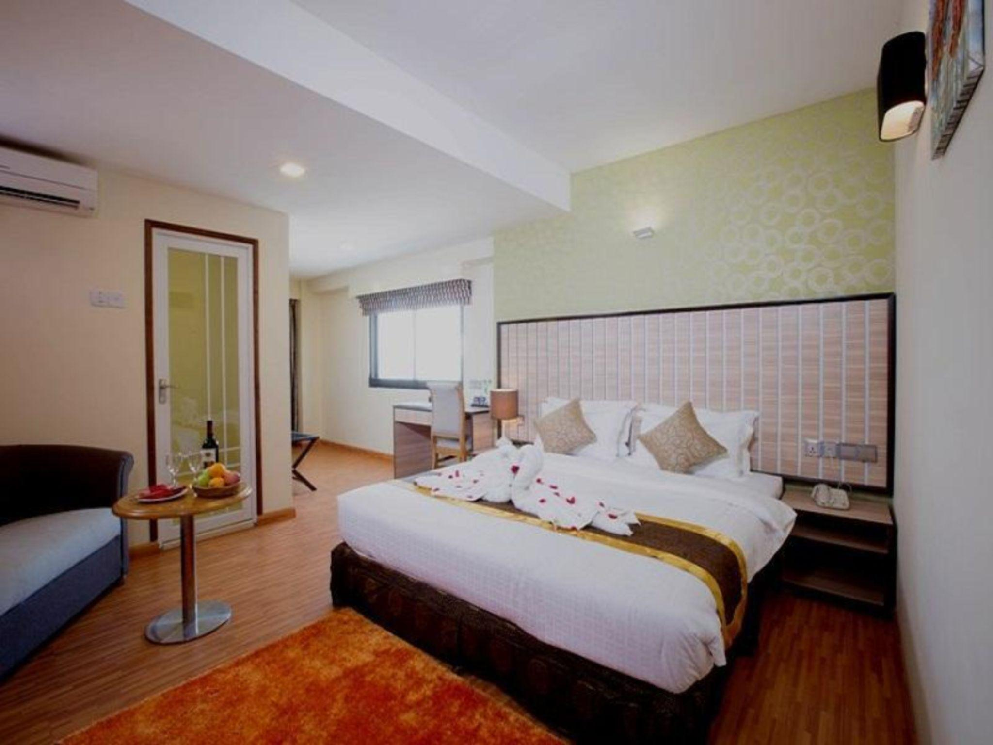 Uptown Hotel, Yangon-E