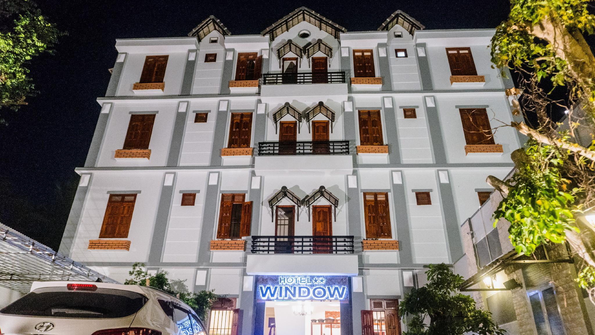 Hotel Window 2, Kon Tum