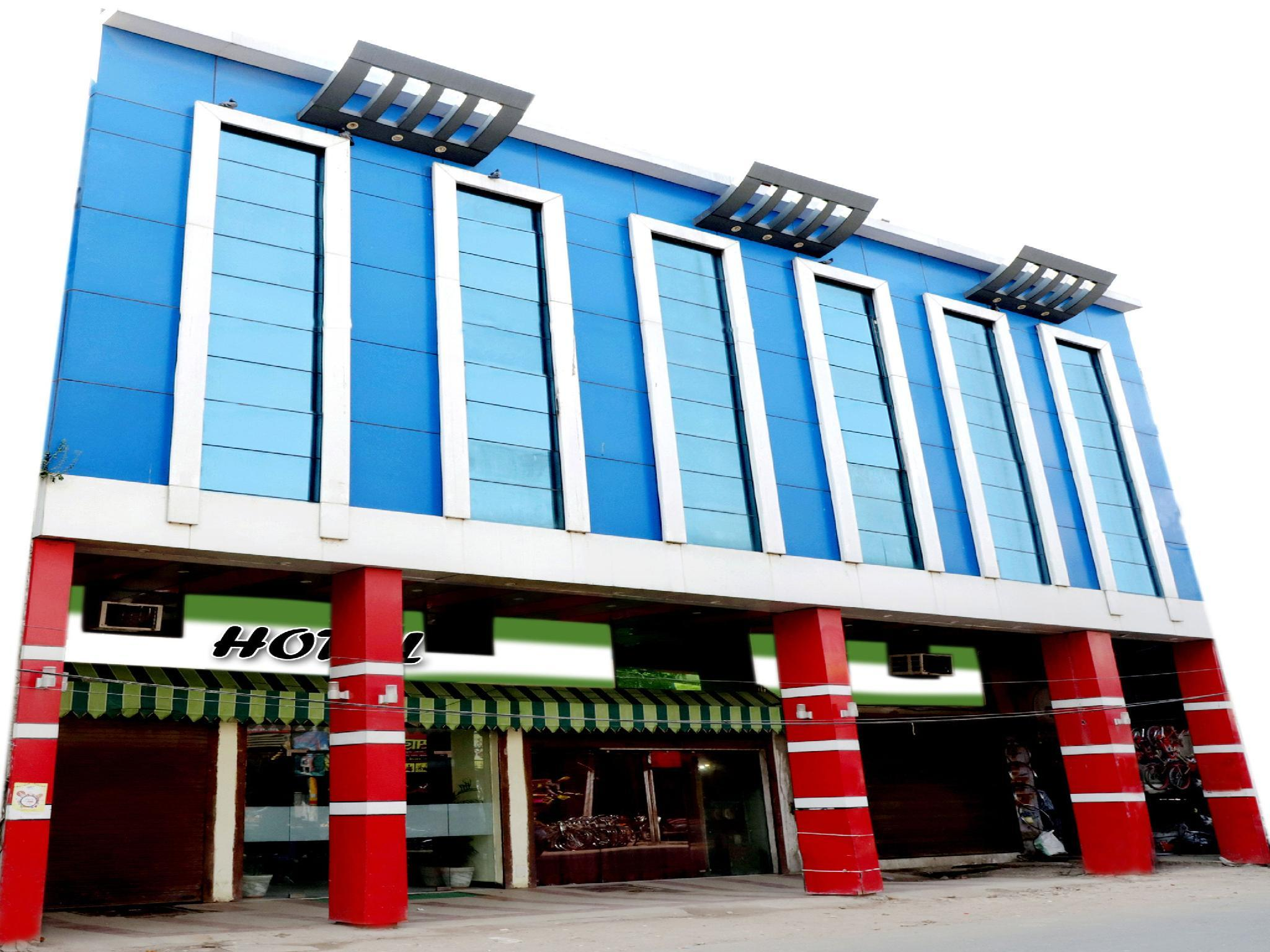 OYO 9945 Hotel R INN, Kaushambi