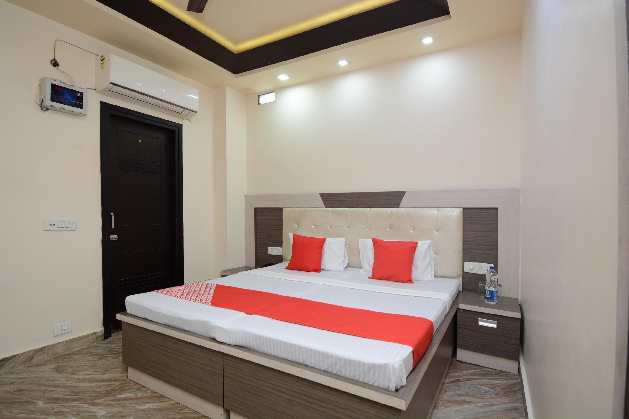 OYO 29679 Hotel Umang GG, Bathinda