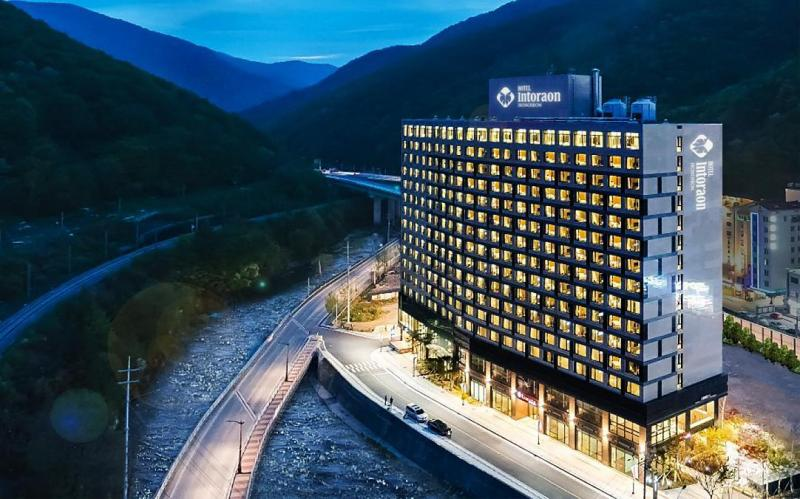 Jeongseon Intoraon Hotel