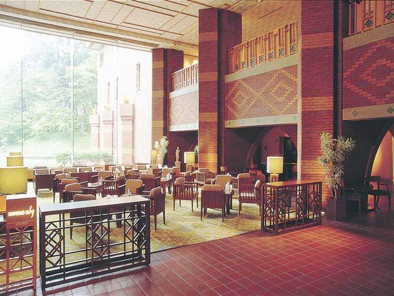 http://pix6.agoda.net/hotelImages/692/69282/69282_15090913210035806199.jpg