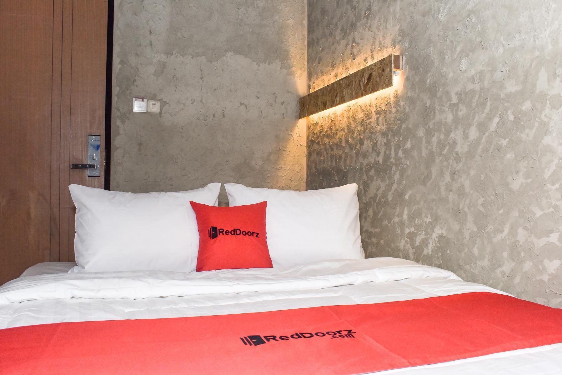 RedDoorz Plus @ Kemayoran, Jakarta Pusat