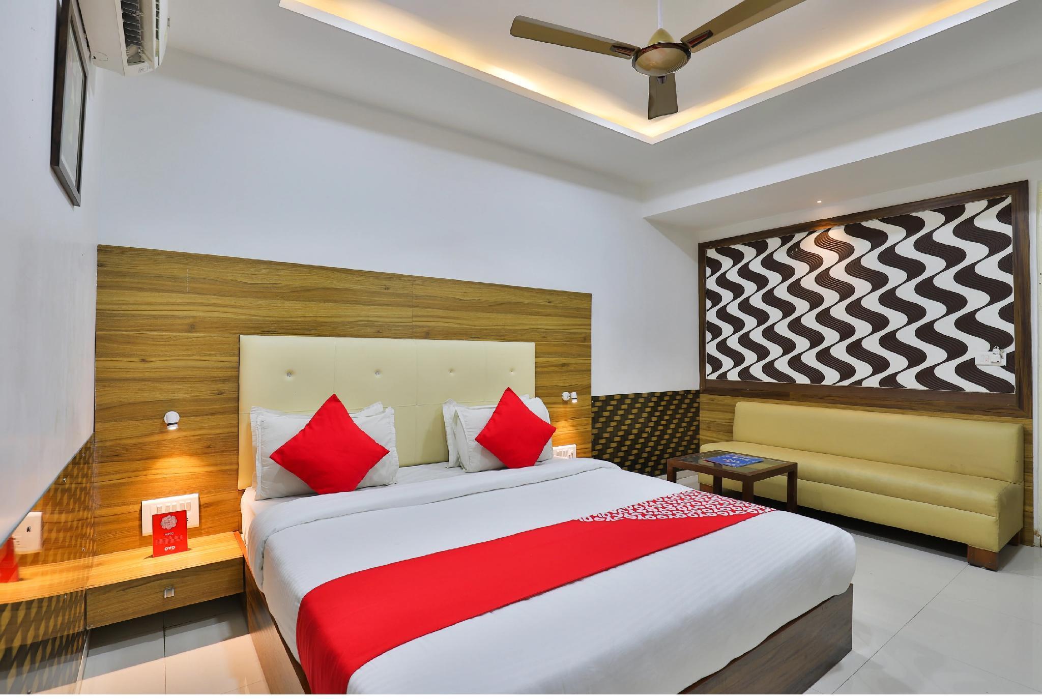 Hotel Grand Sahara Inn, Gandhinagar