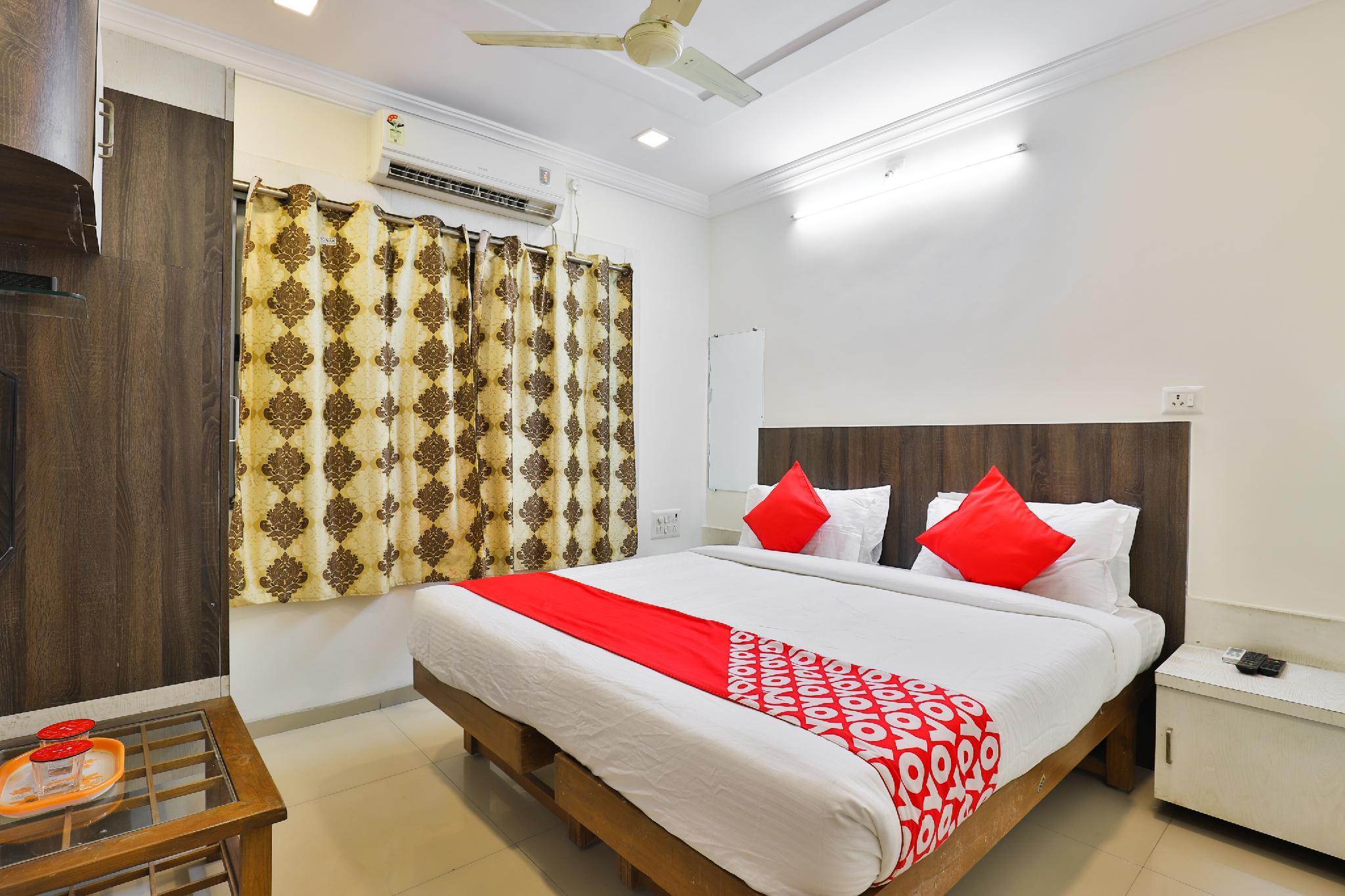 OYO 22841 Hotel Prime Inn, Bharuch