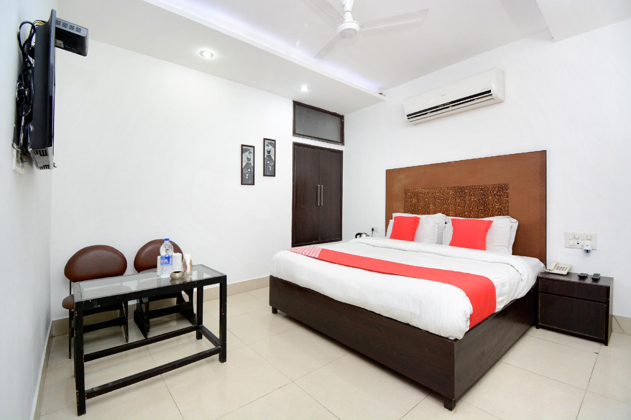 OYO 36202 Hotel Shohrat, Karnal