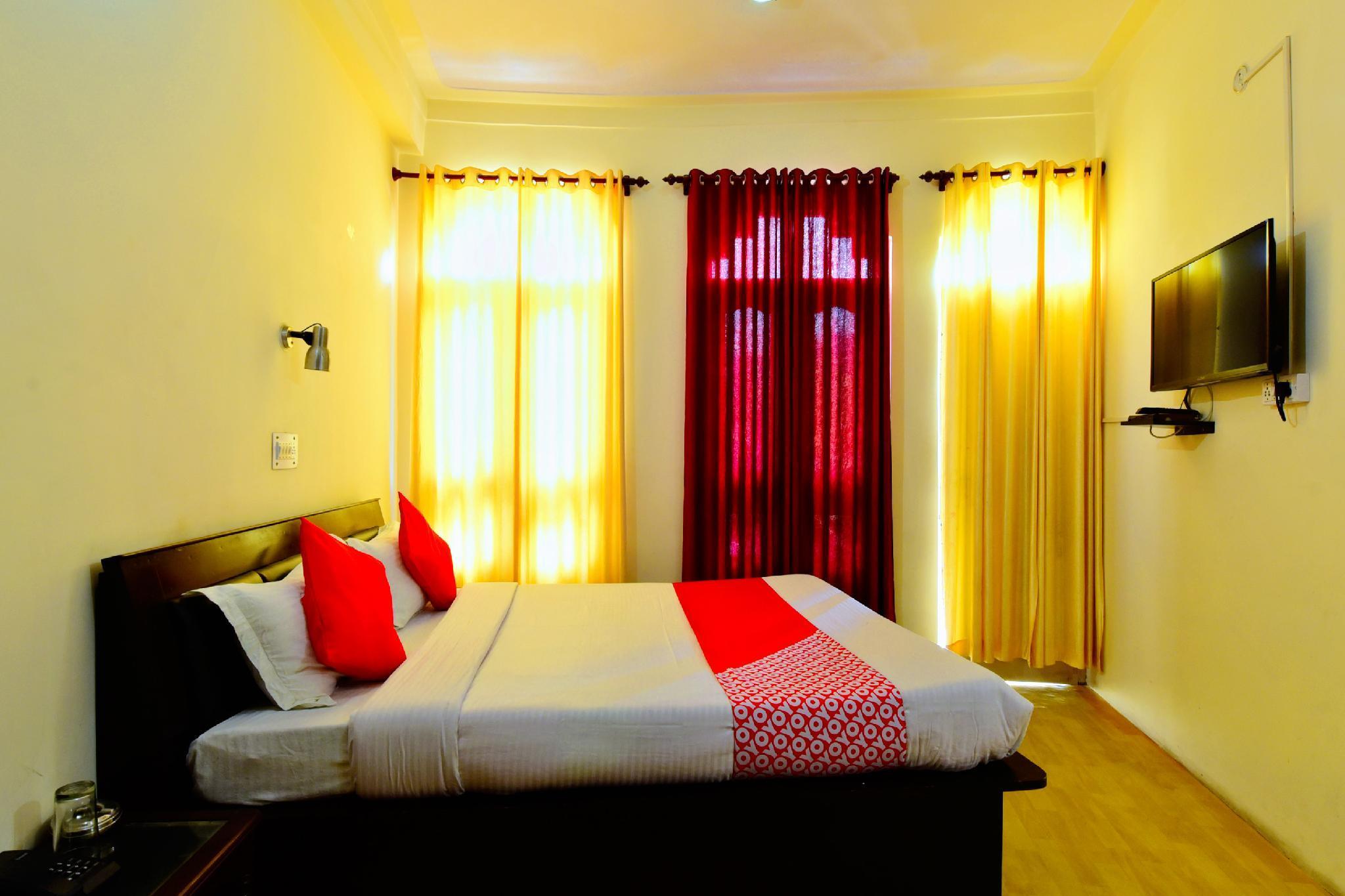 OYO 36477 Hotel Chail Hills, Mandi