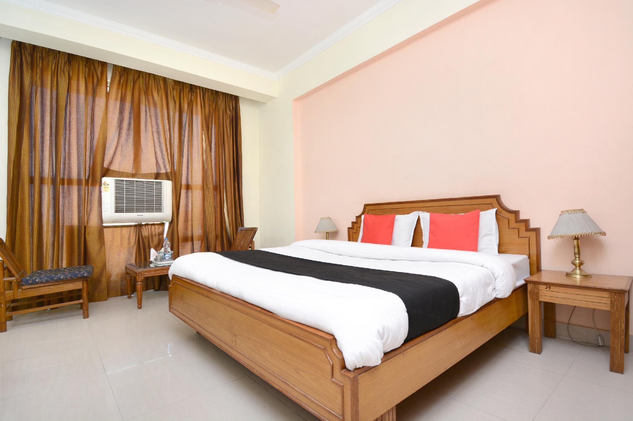 Capital O 33480 Hotel Amsun Pride, Bathinda