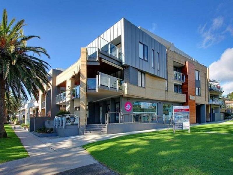 Cowes Luxury Beachfront Apartment - Phillip Island, Bass Coast  - Phillip Is.