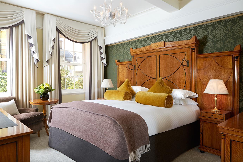 http://pix6.agoda.net/hotelImages/711/71178/71178_16062122060043916521.jpg