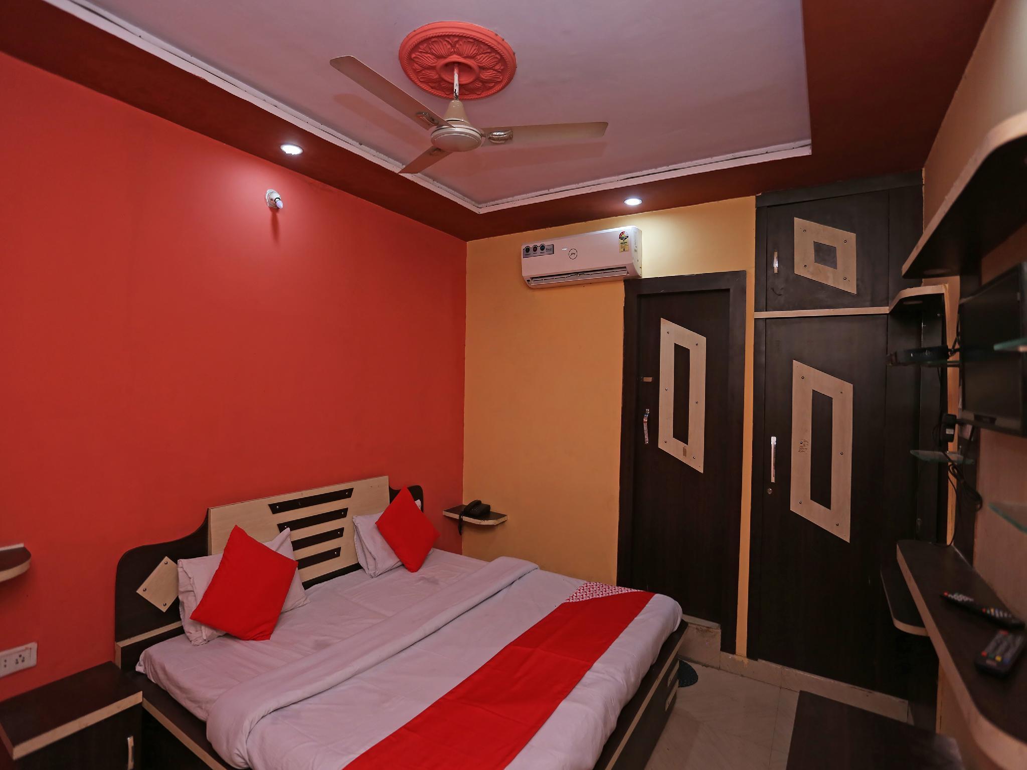 OYO 36958 Rama Hotel & Restaurant, Firozabad