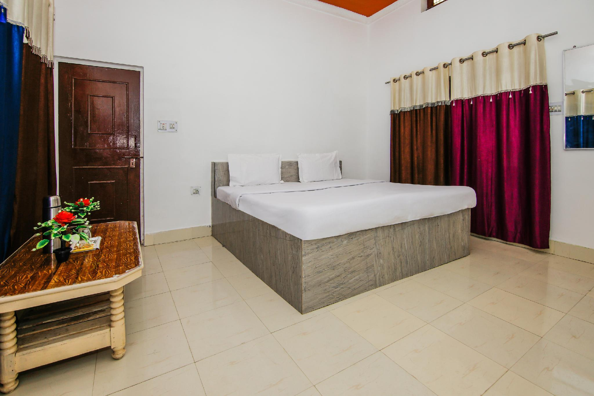 SPOT ON 36622 Hotel All Orchha View, Tikamgarh