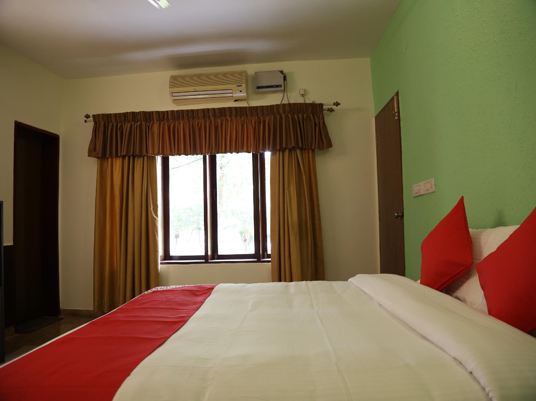 OYO 35630 Country Club Coconut Grove, Tumkur