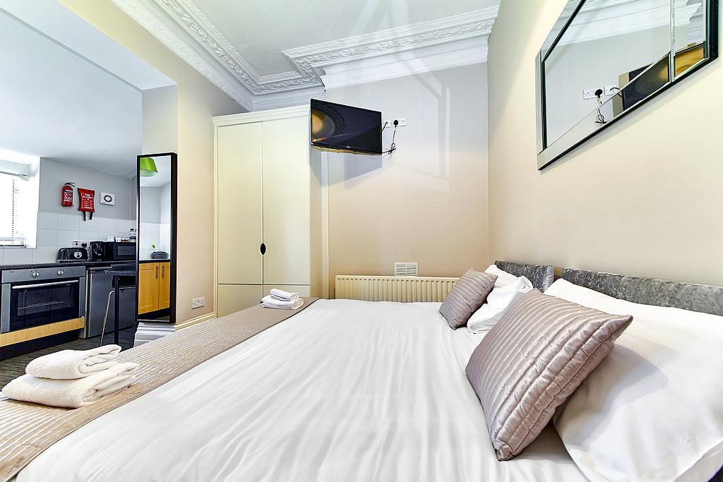 United Lodge Hotel, London