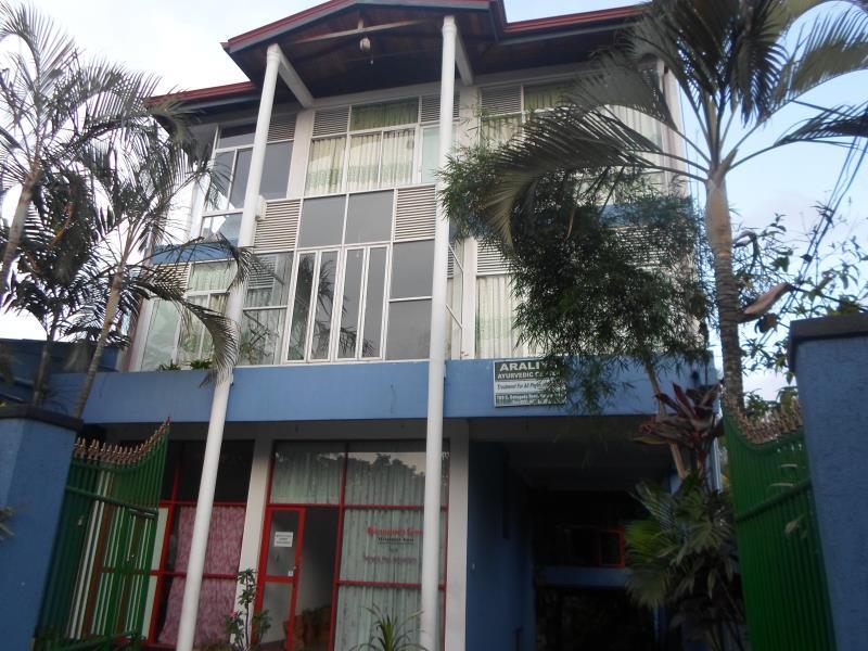 The Kingdom Gate Hotel, Harispattuwa