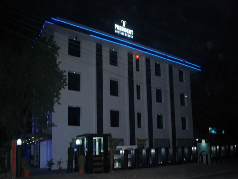 President Cottage Resort, Jalgaon