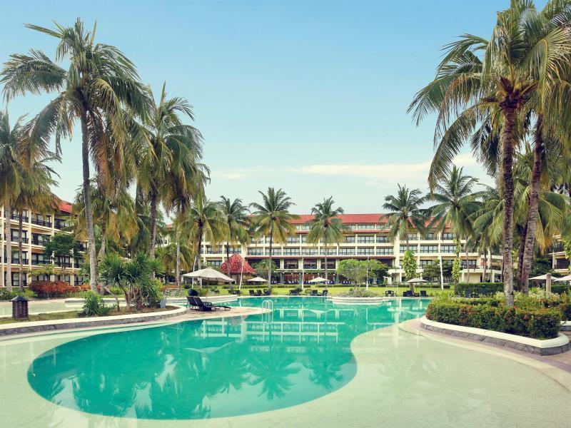 Mercure Manado Tateli Beach Resort