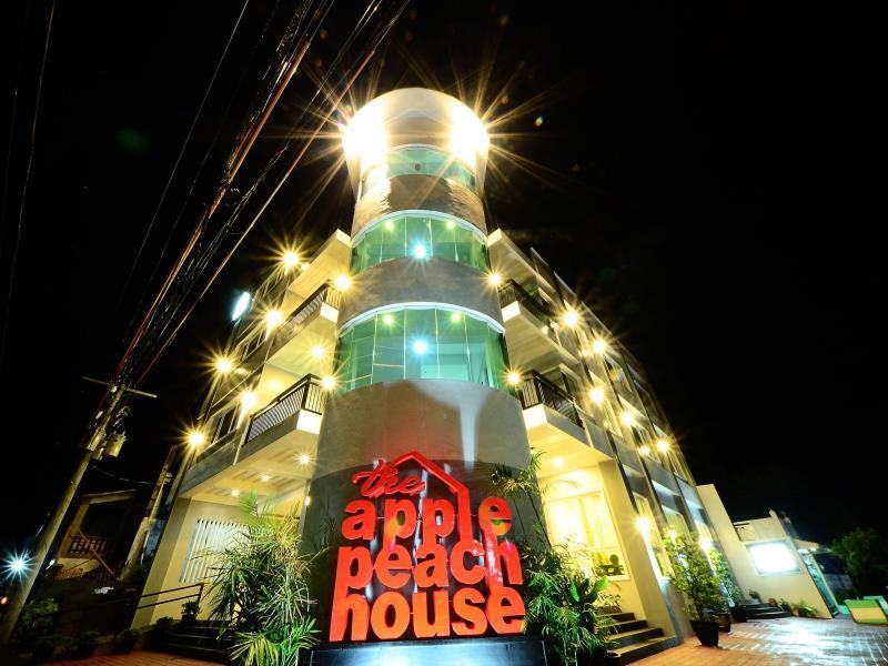 The ApplePeach House, Legazpi City