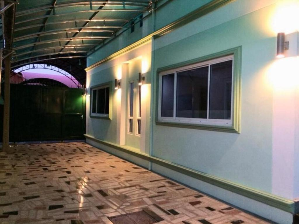 K.D.M. Residence2