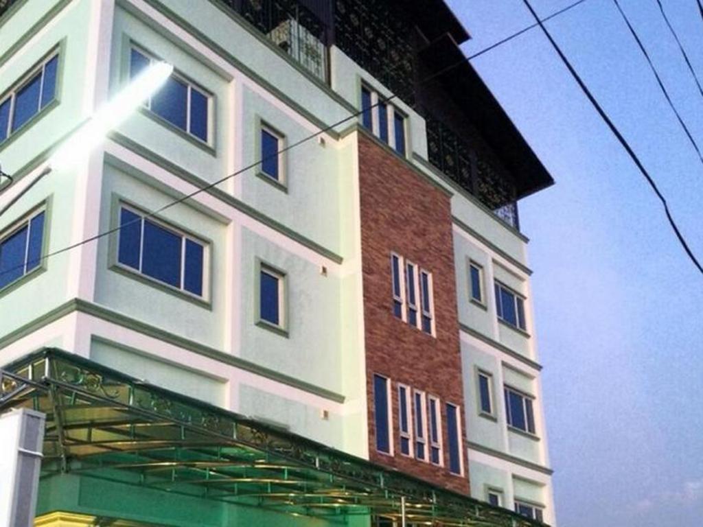 K.D.M. Residence6