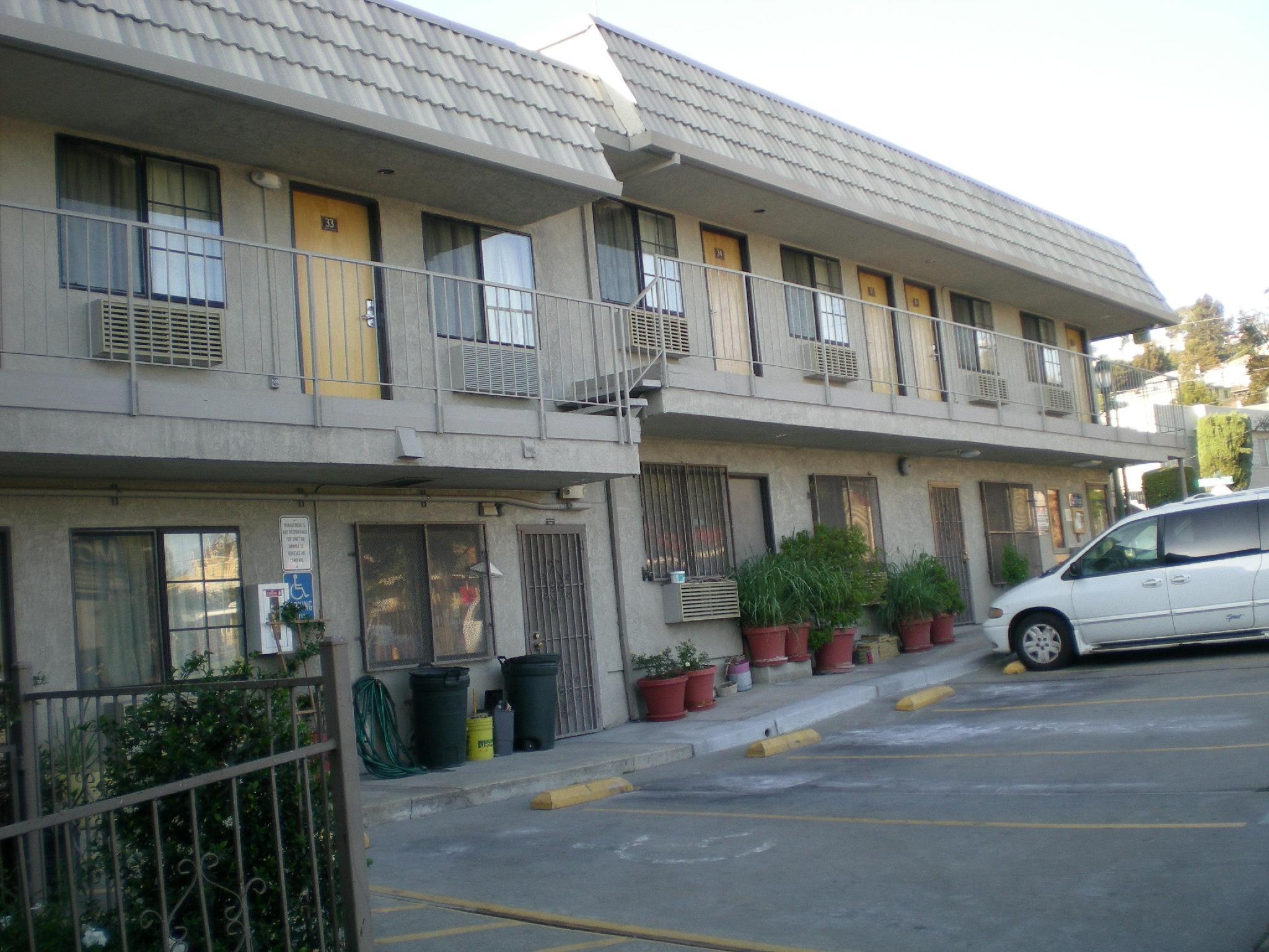 Crown Lodge Motel Oakland, Siskiyou