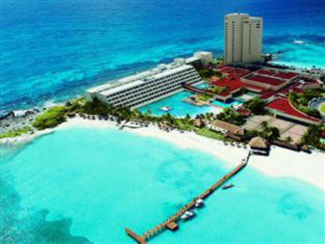 Best price on dreams cancun resort spa all inclusive in for Find all inclusive resorts