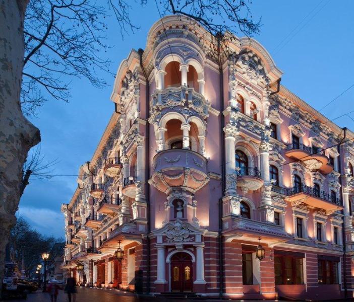 布里斯托爾酒店