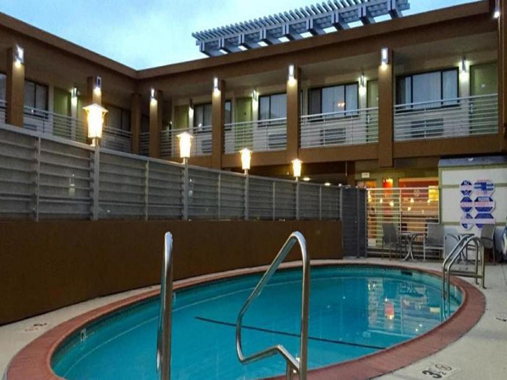 Best Price On Civic Center Motor Inn In San Francisco Ca