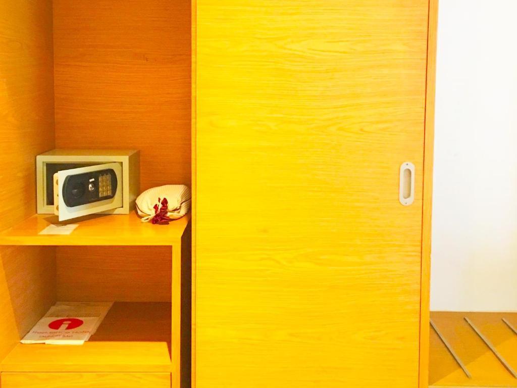I レジデンス ホテル シーロム12