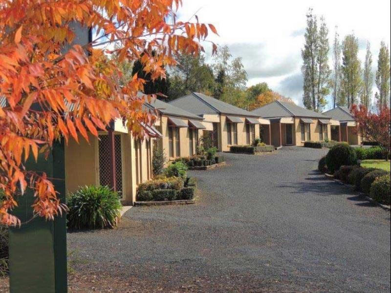 Melview Greens Apartments, Orange