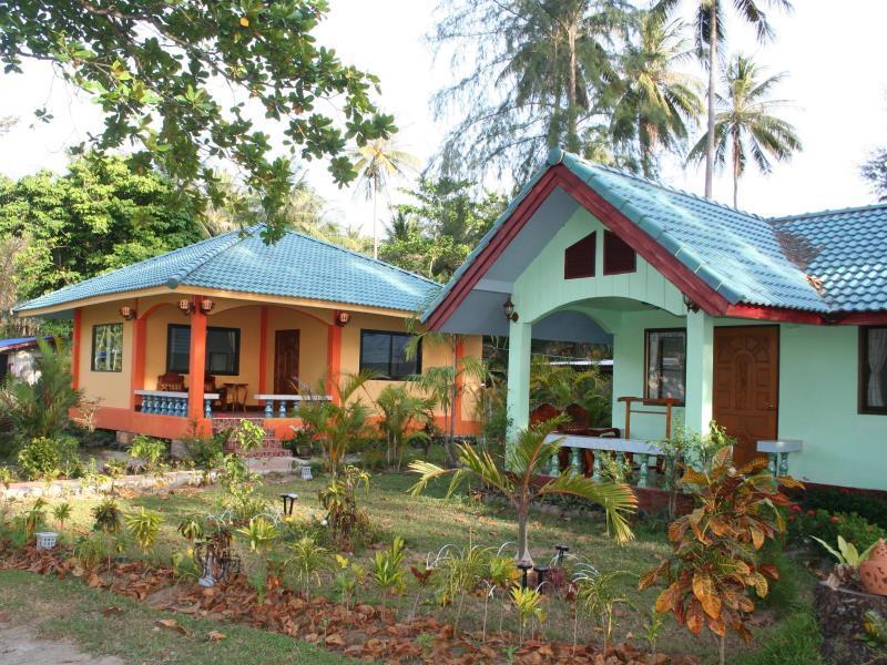 Thai-West Resort, Nua Khlong