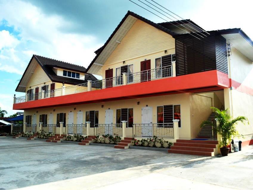 Boonaree Resort, Nang Rong