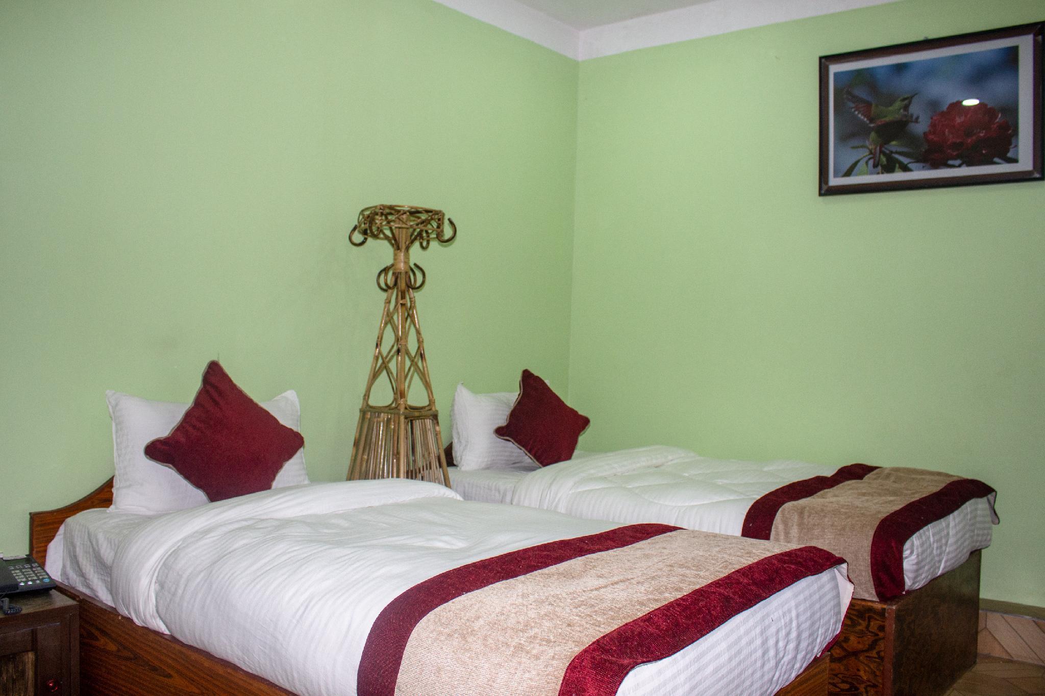 OYO 409 Grand Park Hotel And Lodge, Narayani