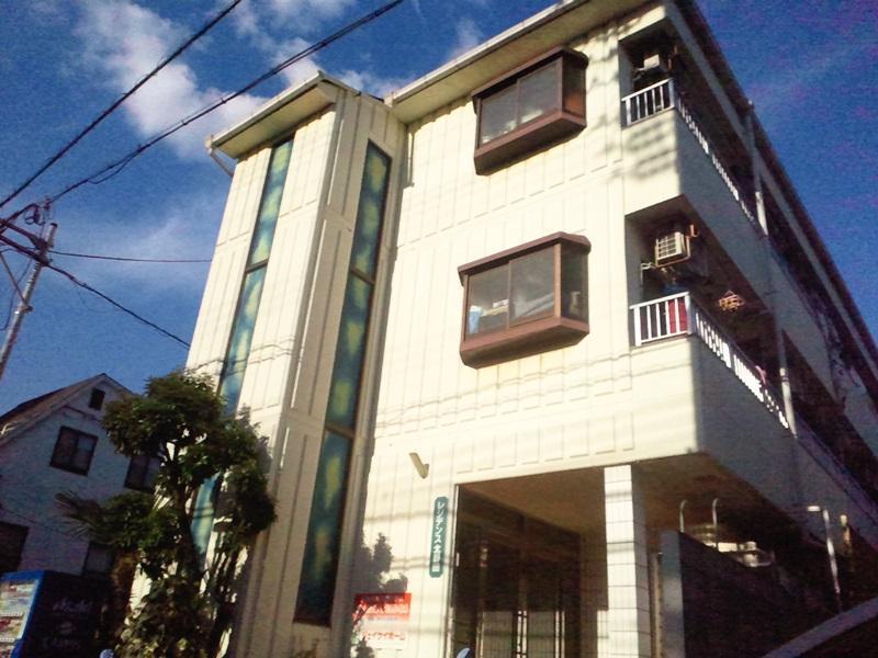 Private House Sora, Sakai