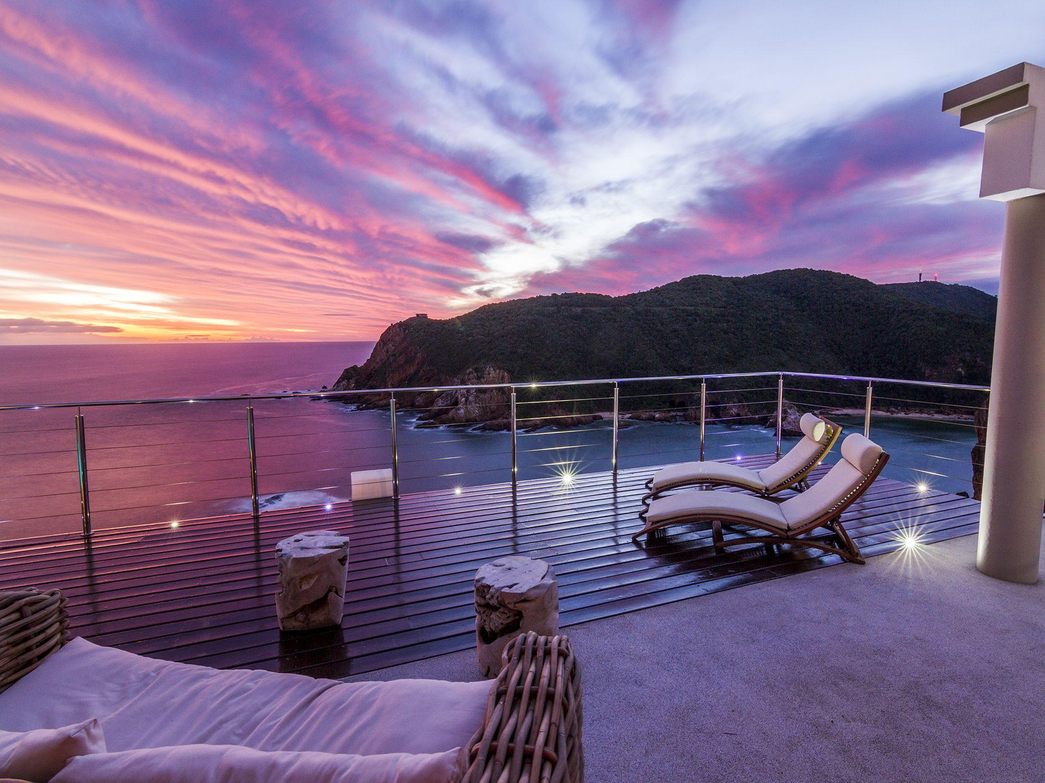 http://pix6.agoda.net/hotelImages/781/781970/781970_16063013220044288359.jpg