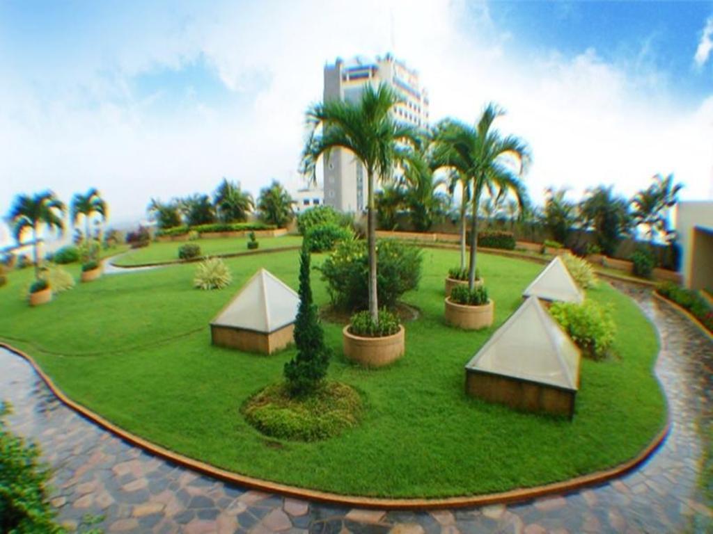 リー ガーデンズ プラザ ホテル12
